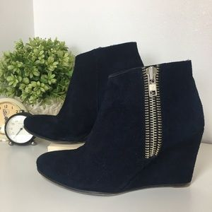 Free People Blue Suede Zip Up Ankle Boot size 38